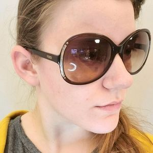 Fendi Brown Gold Tinted Sunglasses Oblong Round